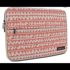Targus Lotta Jansdotter laptop sleeve.